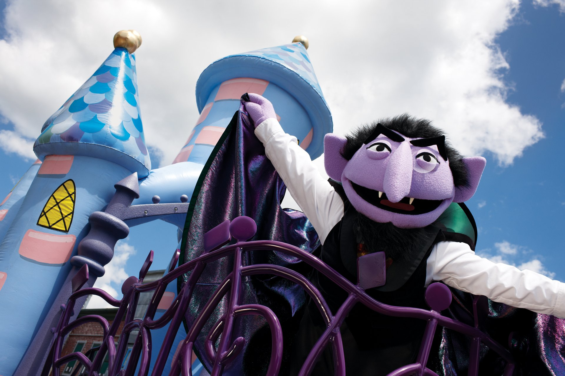 Count in Sesame Halloween parade, SeaWorld 2020