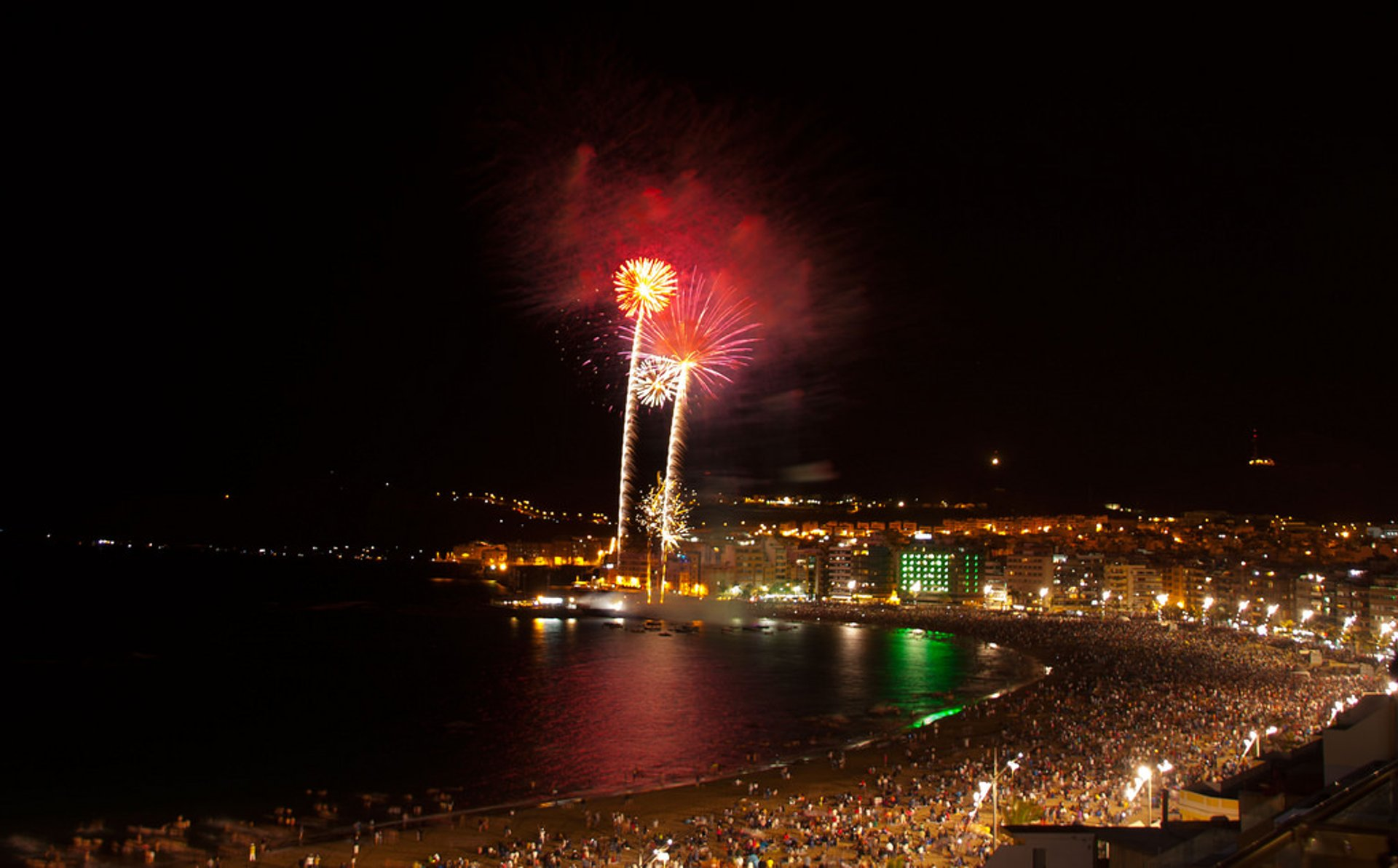 Best time for San Juan Bonfire Festival (Noche de San Juan) in Spain 2020