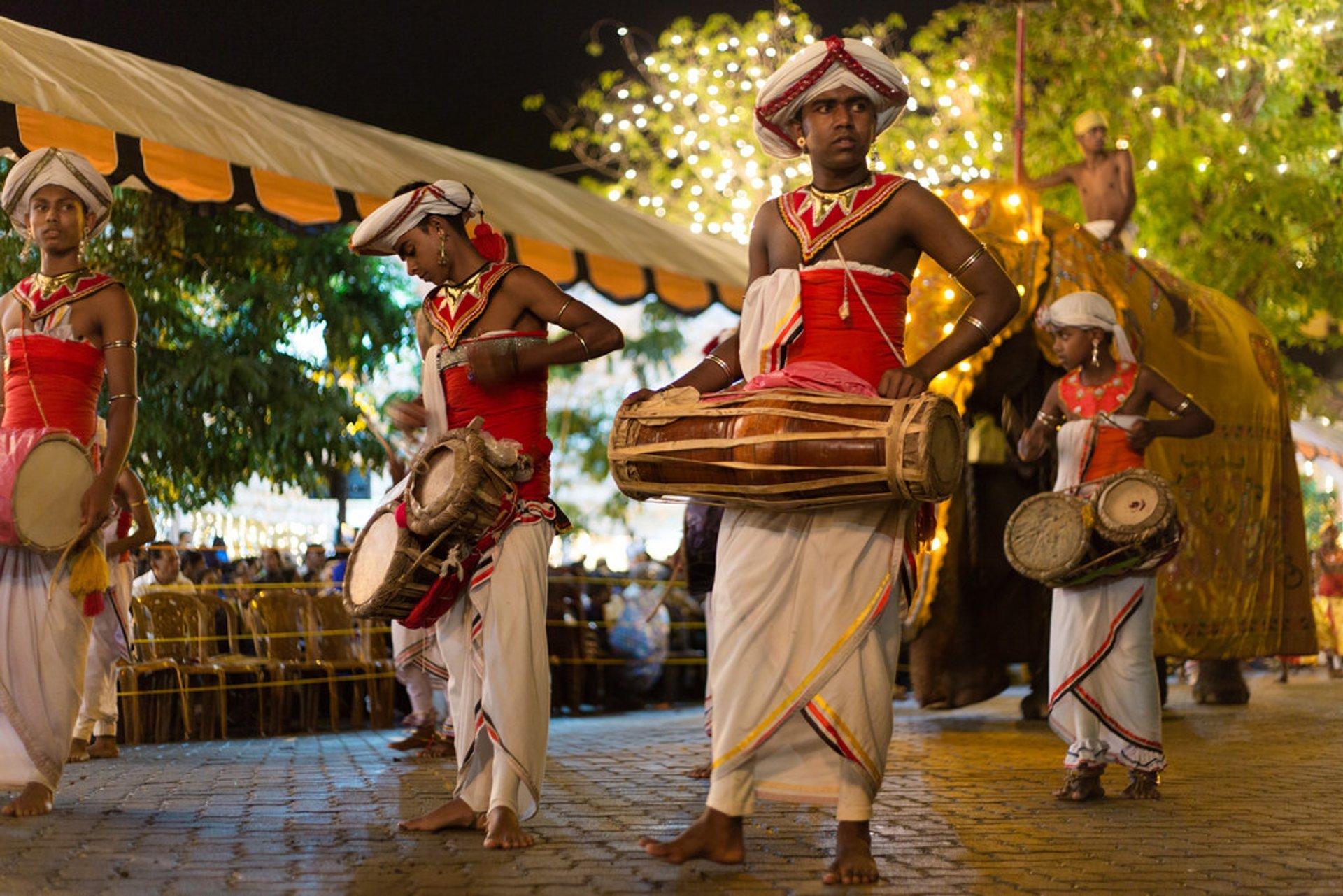 Kandy Esala Perahera in Sri Lanka 2020 - Best Time