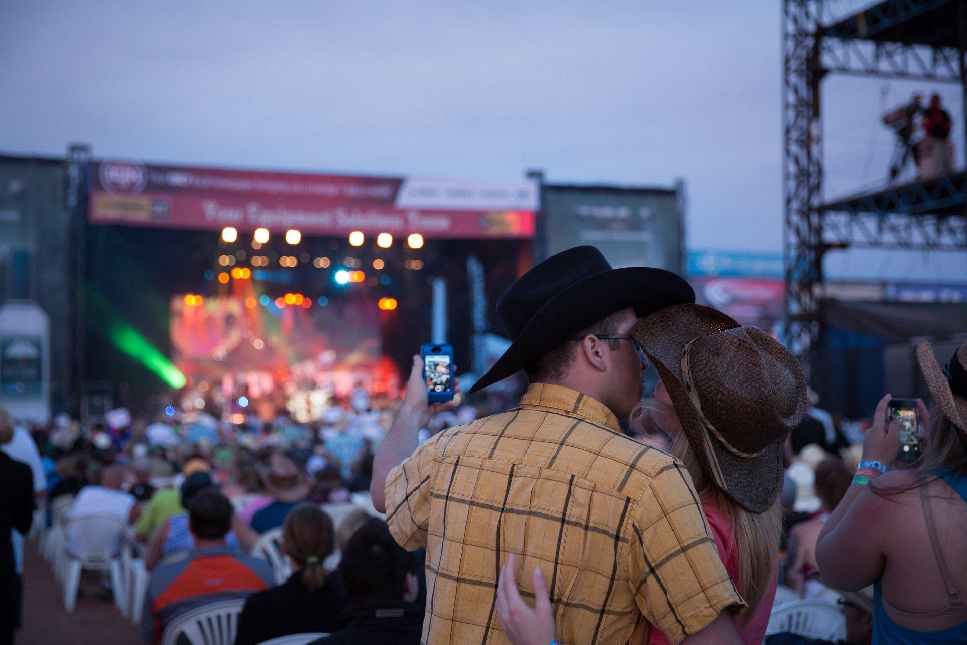 Big Valley Jamboree in Alberta 2020 - Best Time