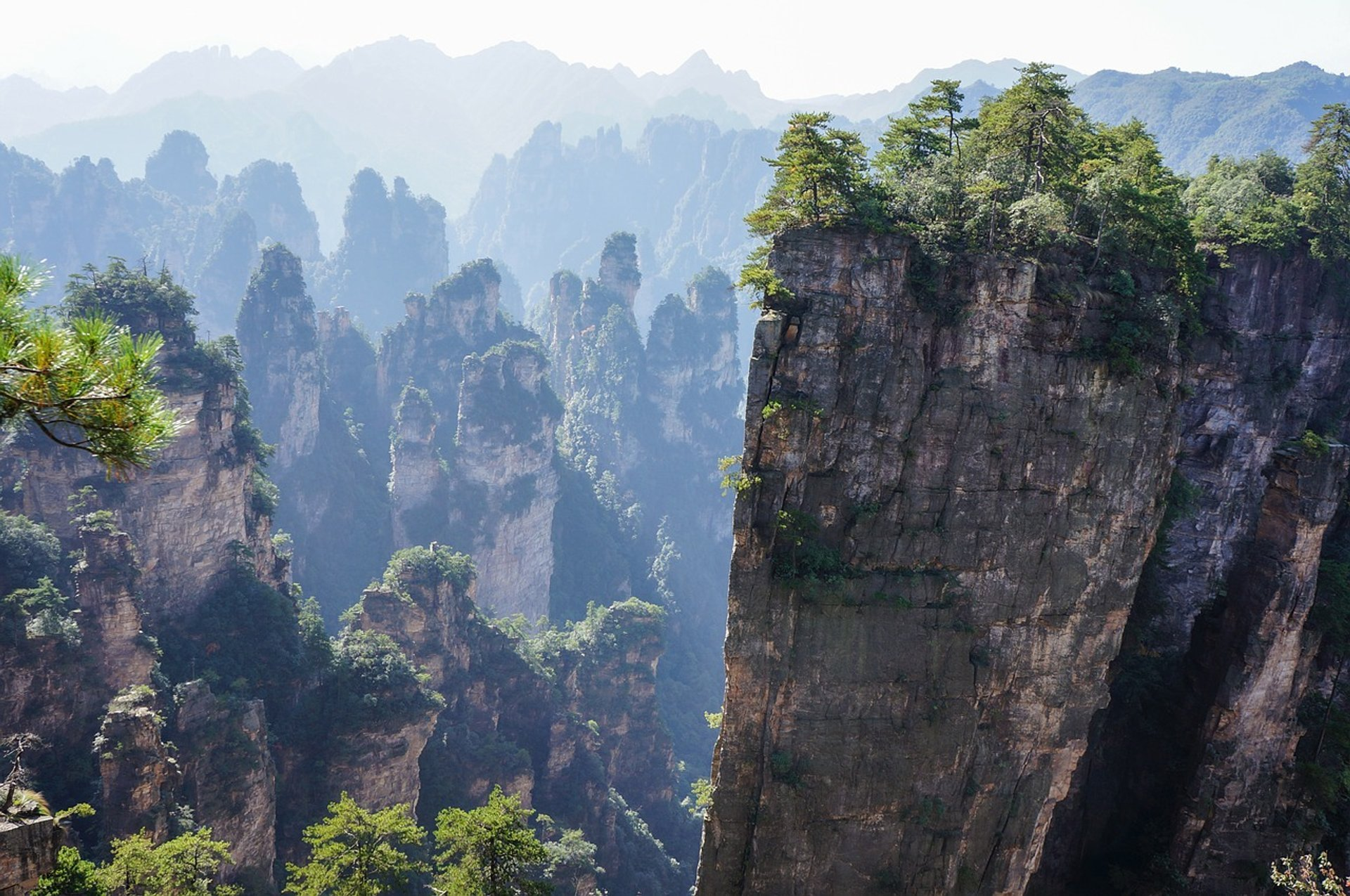 Best time for Zhangjiajie National Forest Park in China