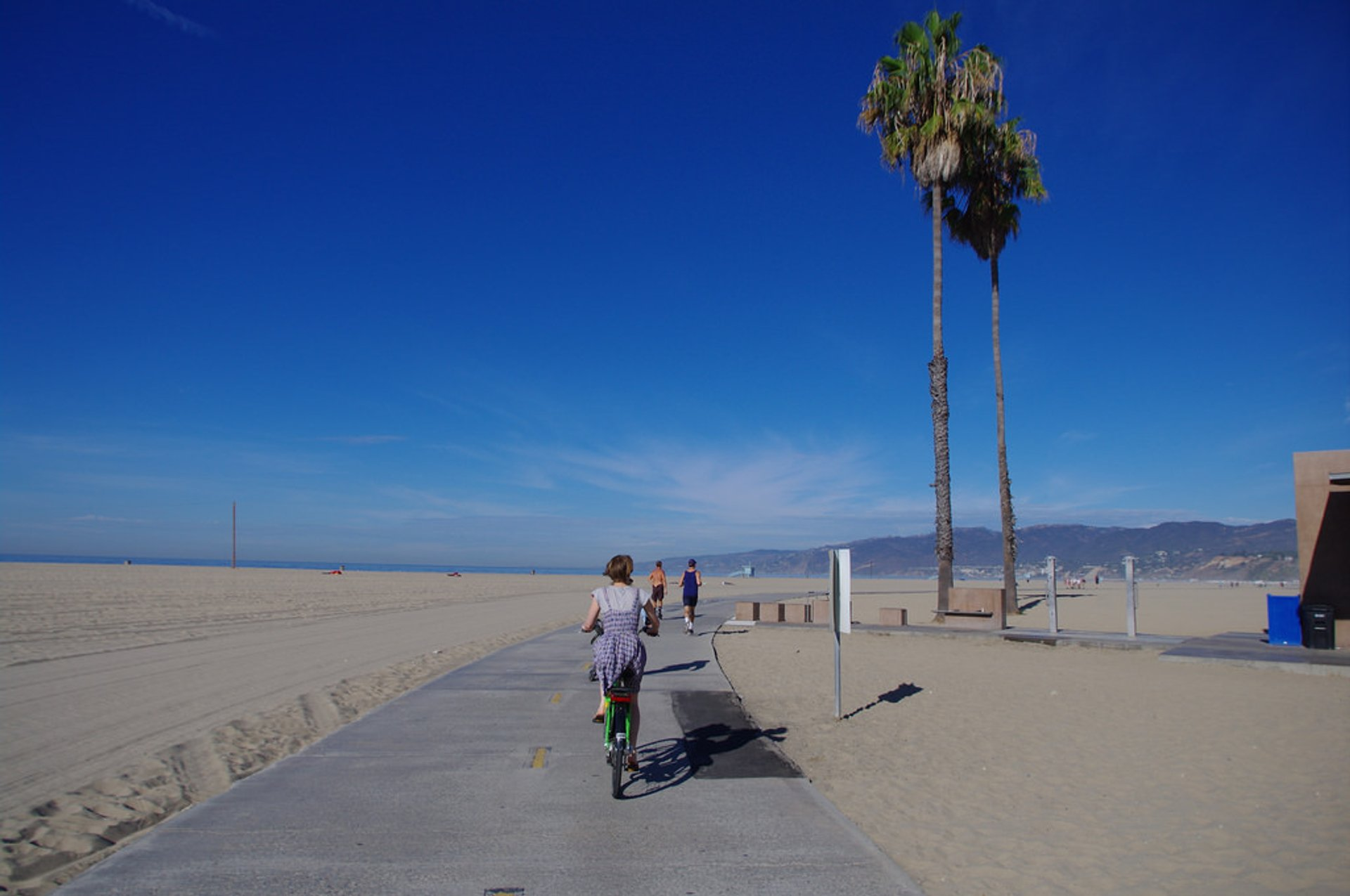 Cycling on Will Rogers State Beach, Santa Monica Bay 2019