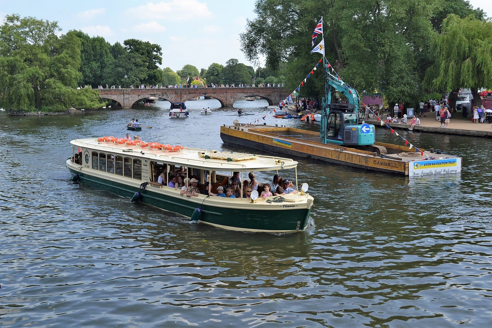 Best time for Stratford River Festival  in England 2019