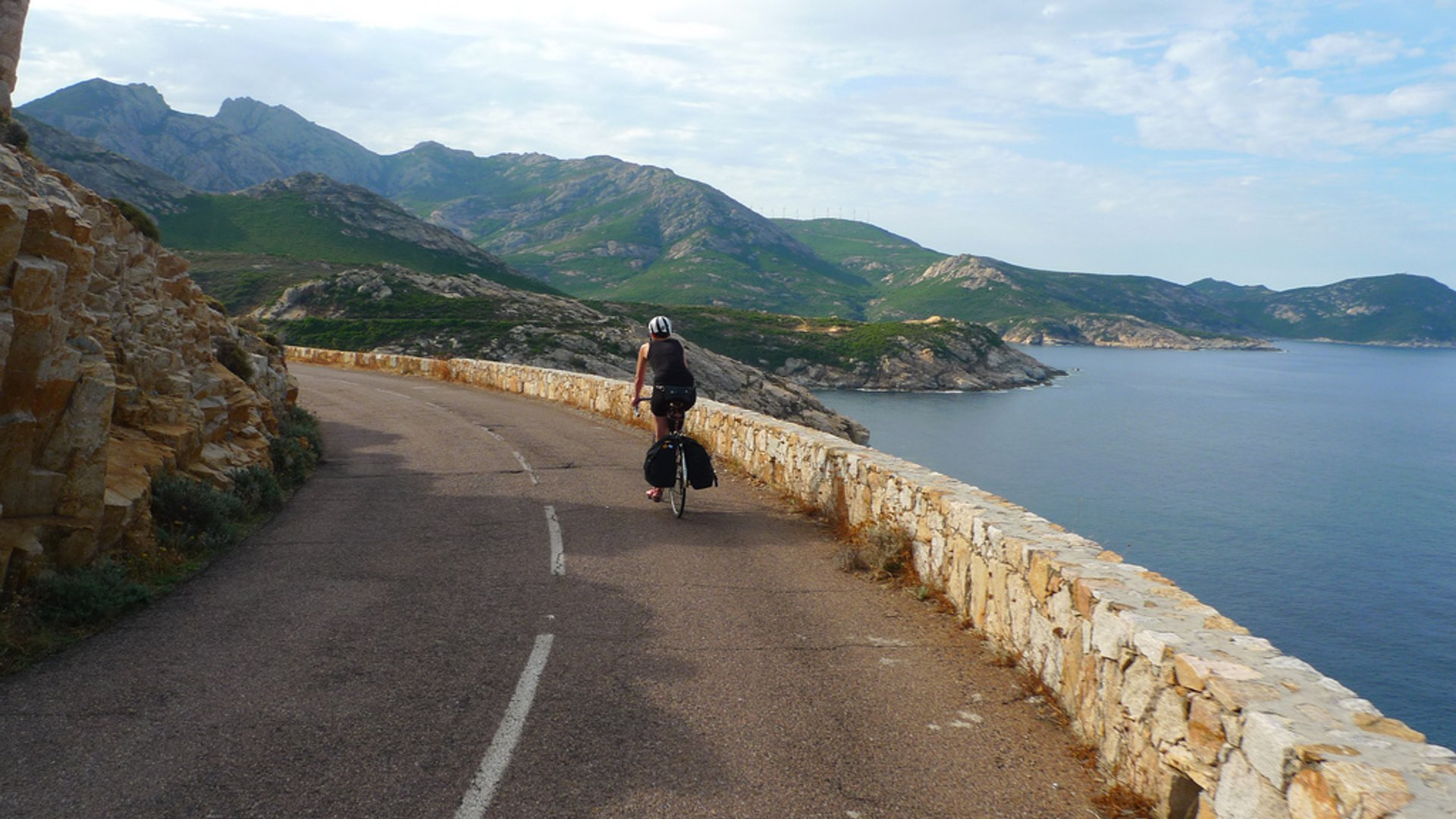 Best time for Cycling around the Island in Corsica 2020