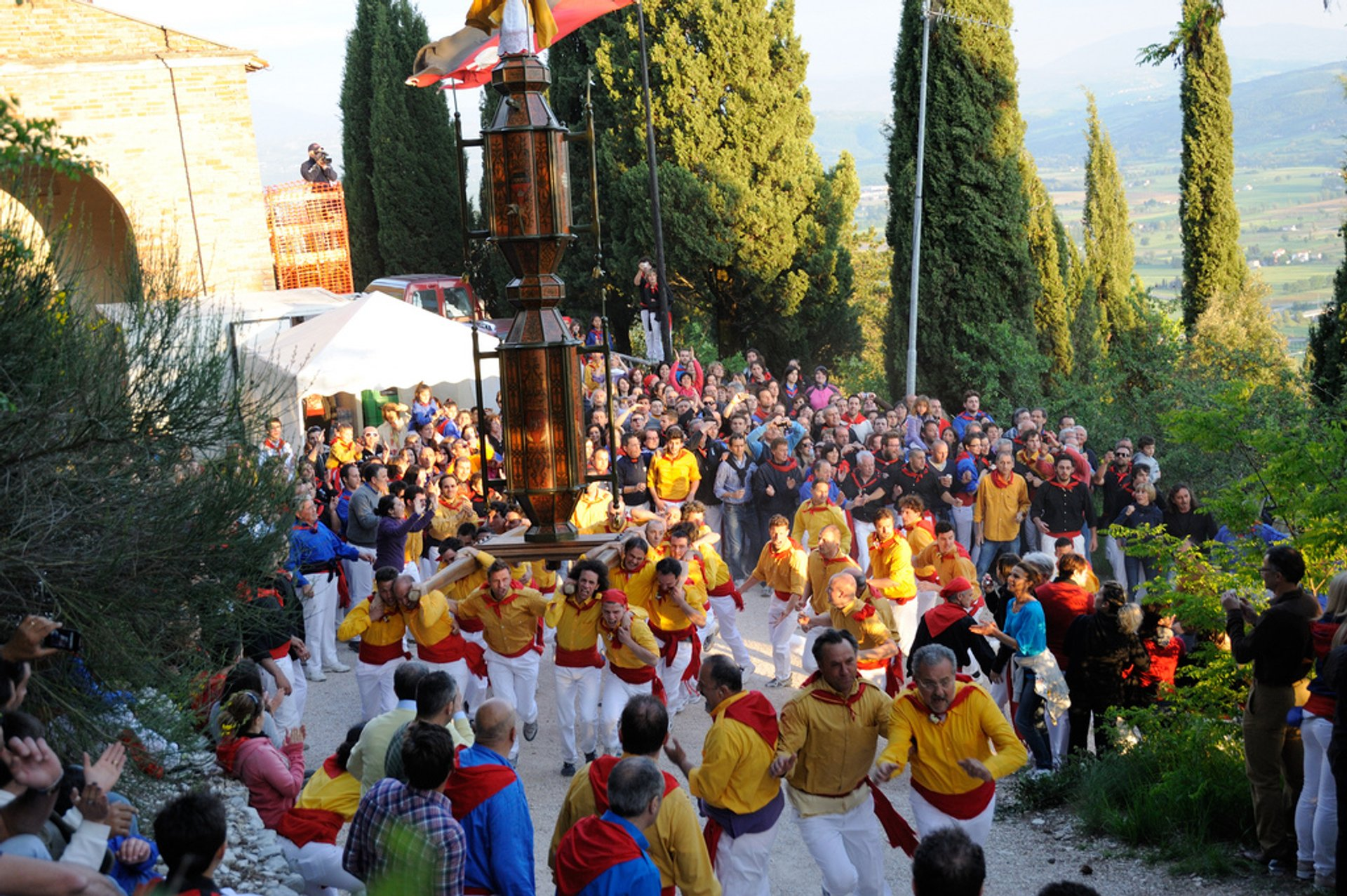 Gubbio Festa dei Ceri and Corsa dei Ceri (Race of the Candles) in Italy - Best Season 2020