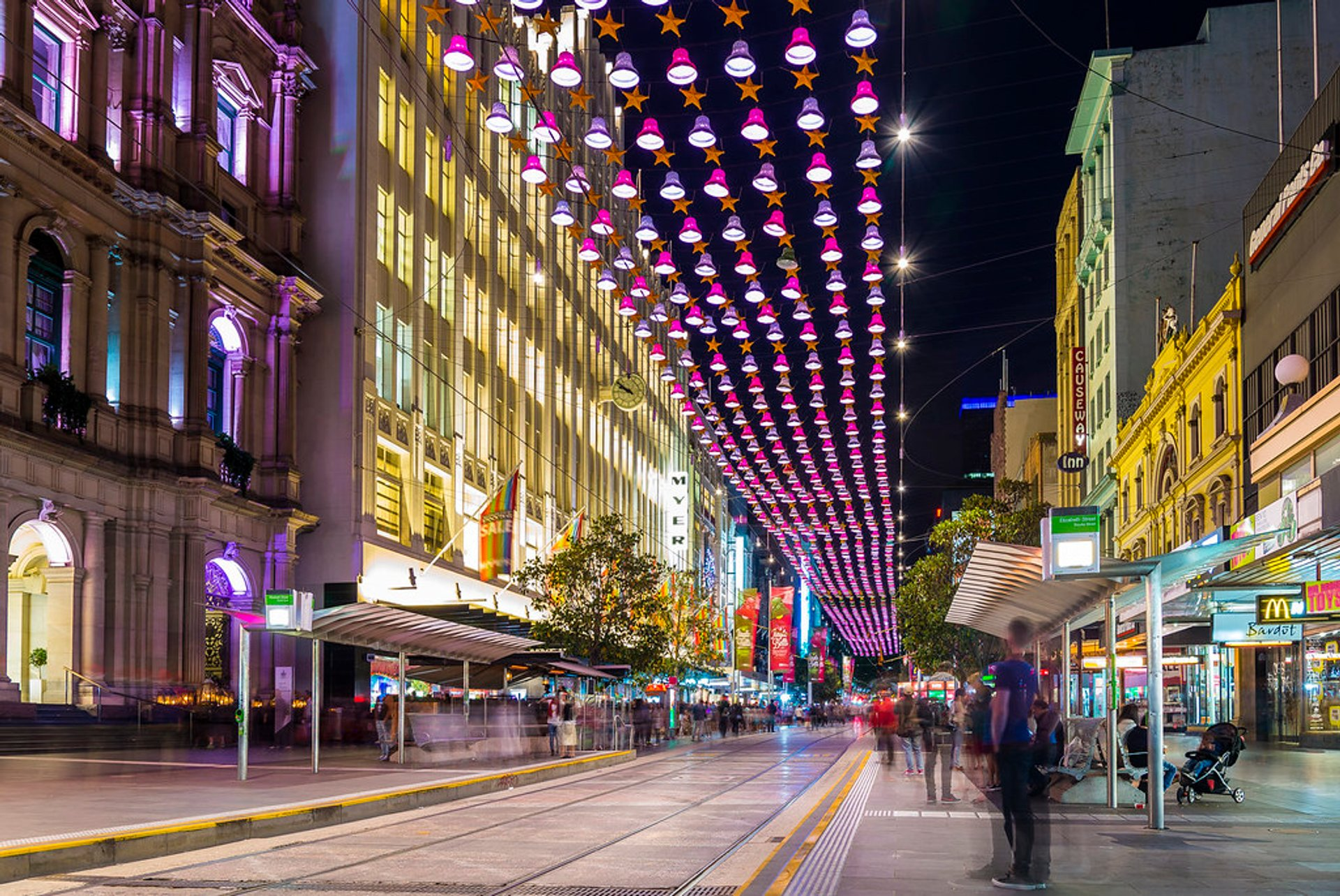 Christmas Eve in Bourke Street Melbourne 2020