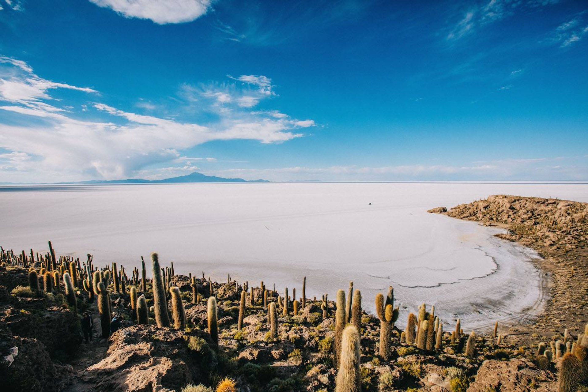 Best time for Walk the Salar de Uyuni Salt Flats in Bolivia 2019