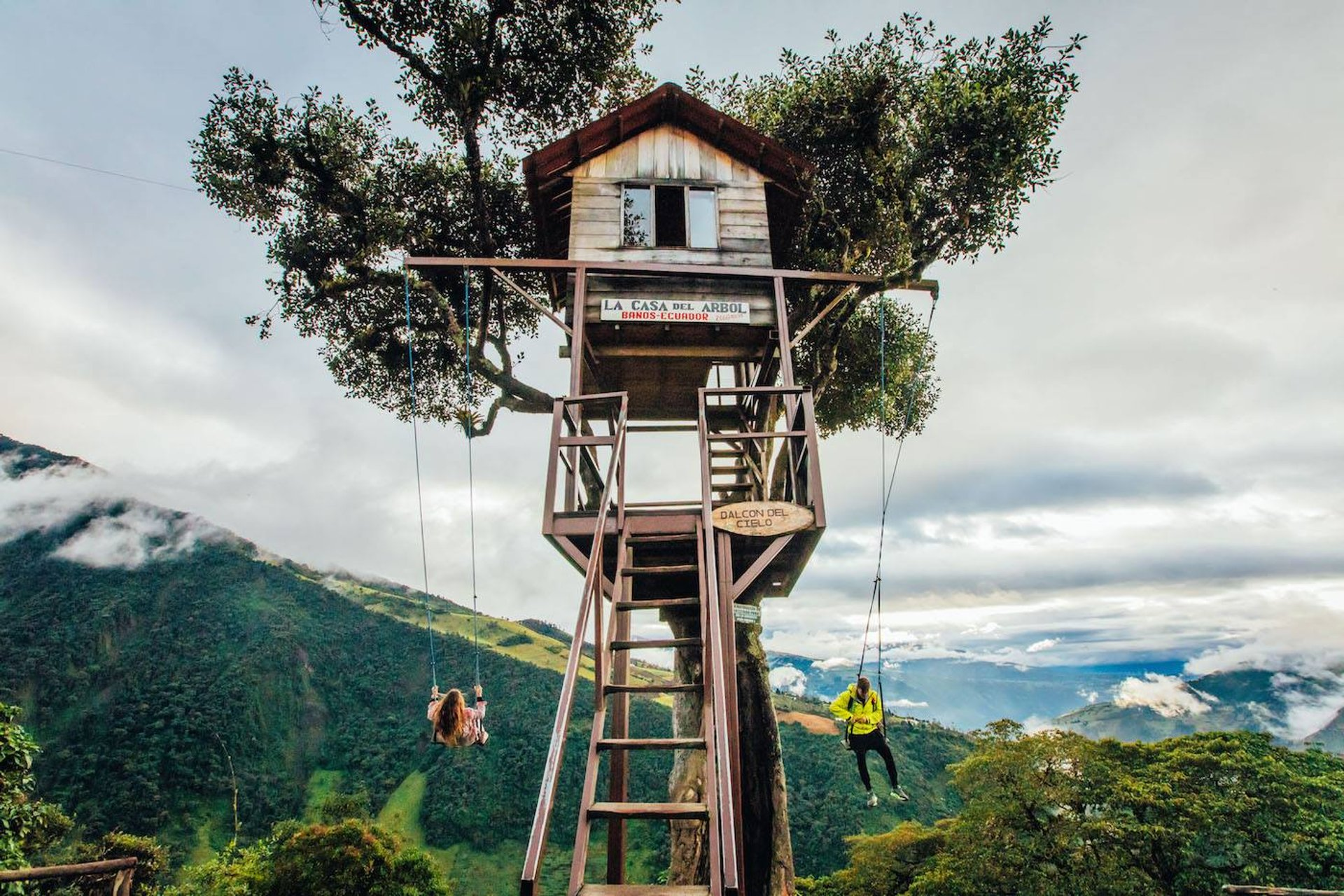 Swing at the End of the World in Ecuador - Best Season 2020