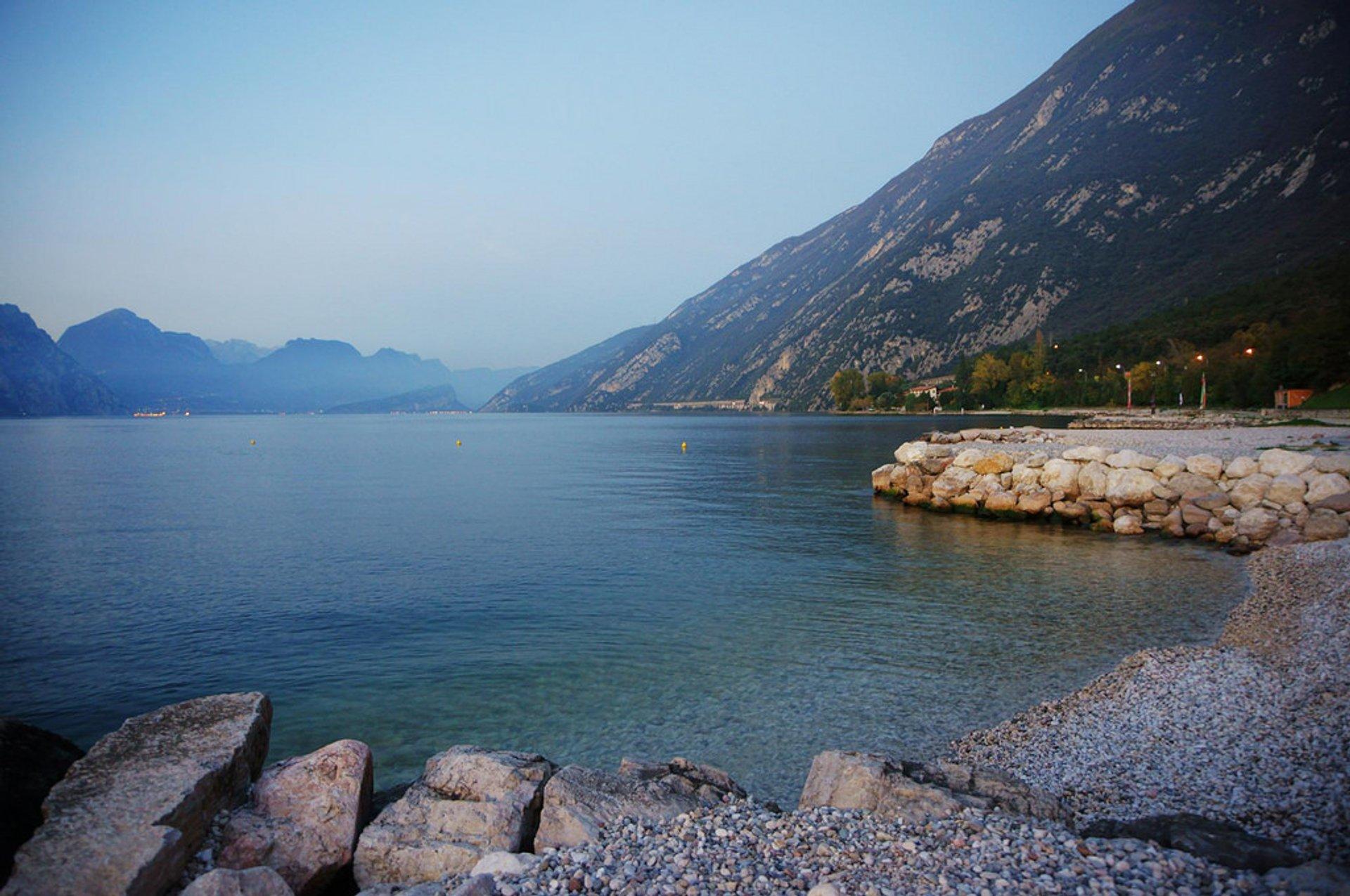 Best time for Lake Garda Holidays in Milan 2020