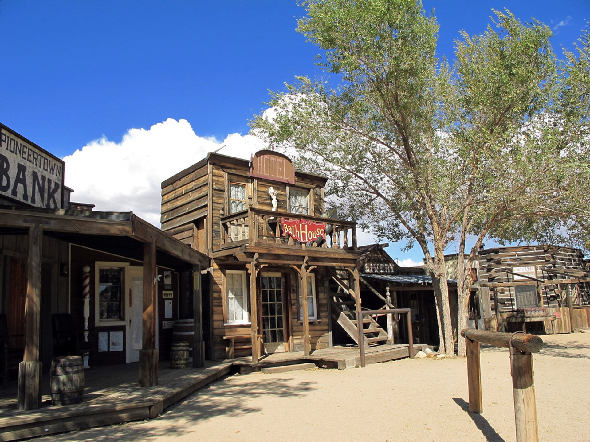 Pioneertown in California - Best Season 2019