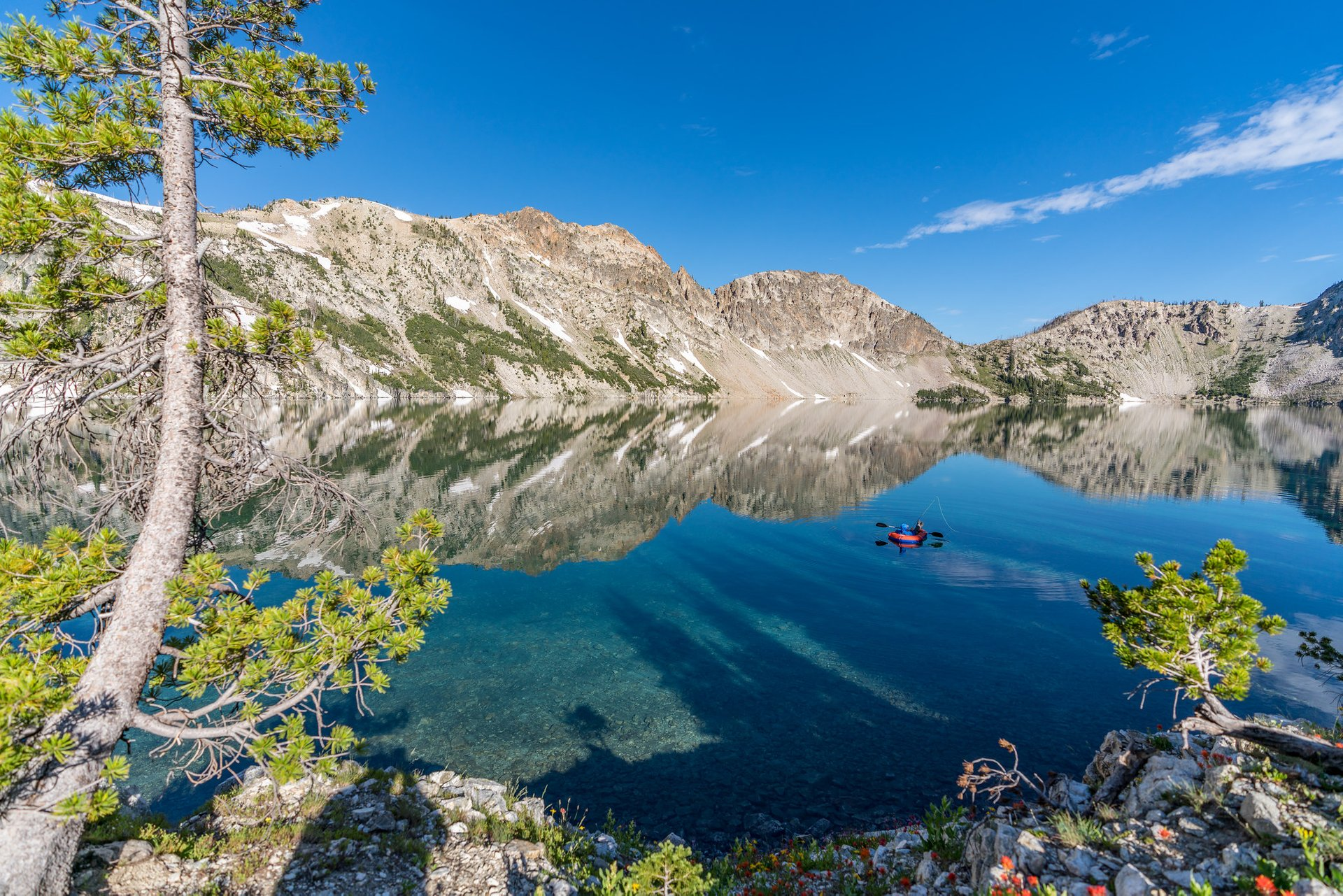 Rafting and fishing on Sawtooth Lake 2020
