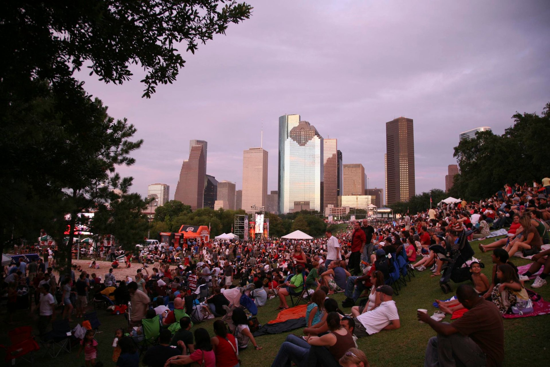 Freedom Over Texas concert with Houston's skyline on the backdrop 2020