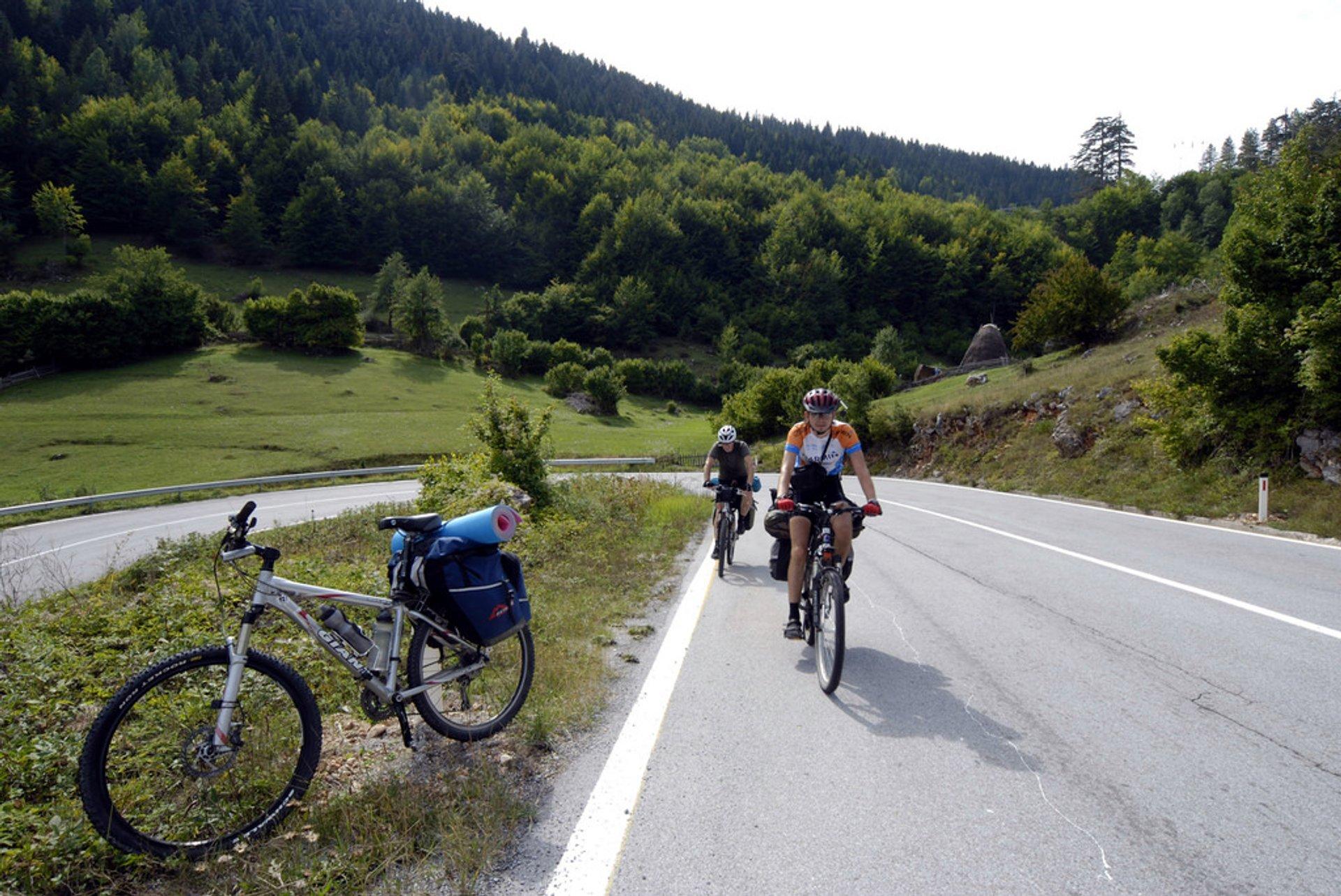 Best time for Biking in Montenegro