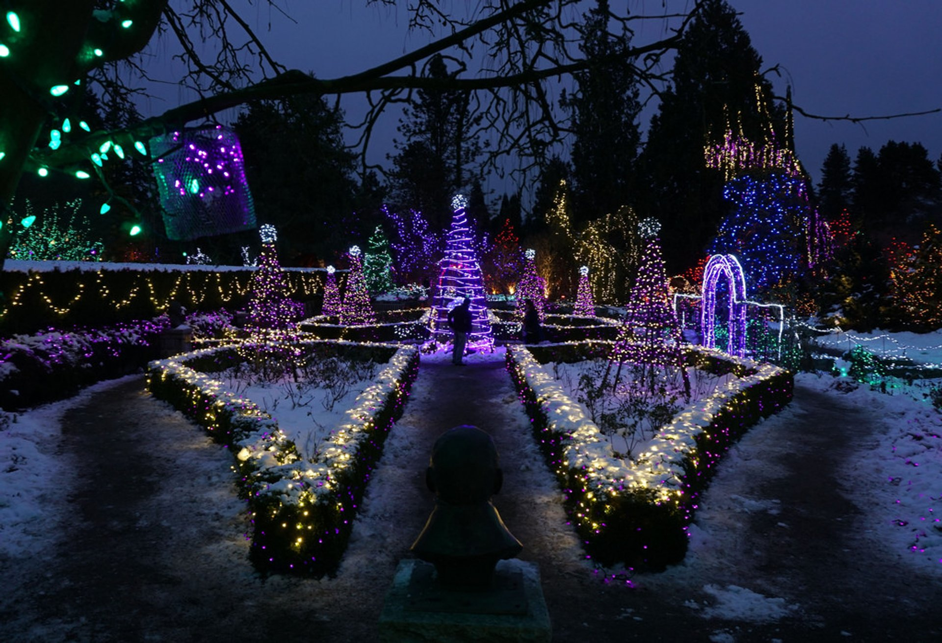 VanDusen Festival of Lights in Vancouver - Best Season 2020