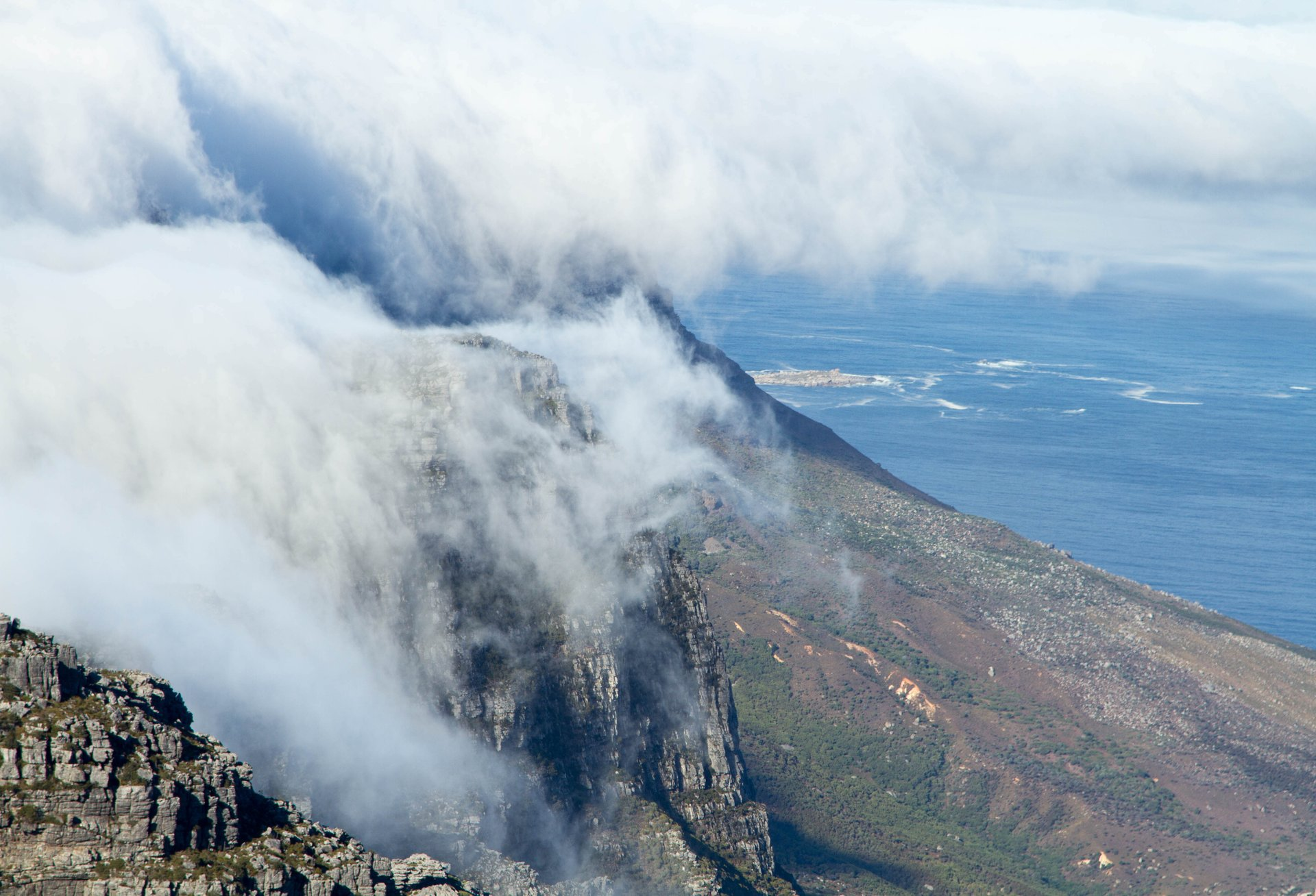 Table Mountain Hiking in Cape Town - Best Season 2020