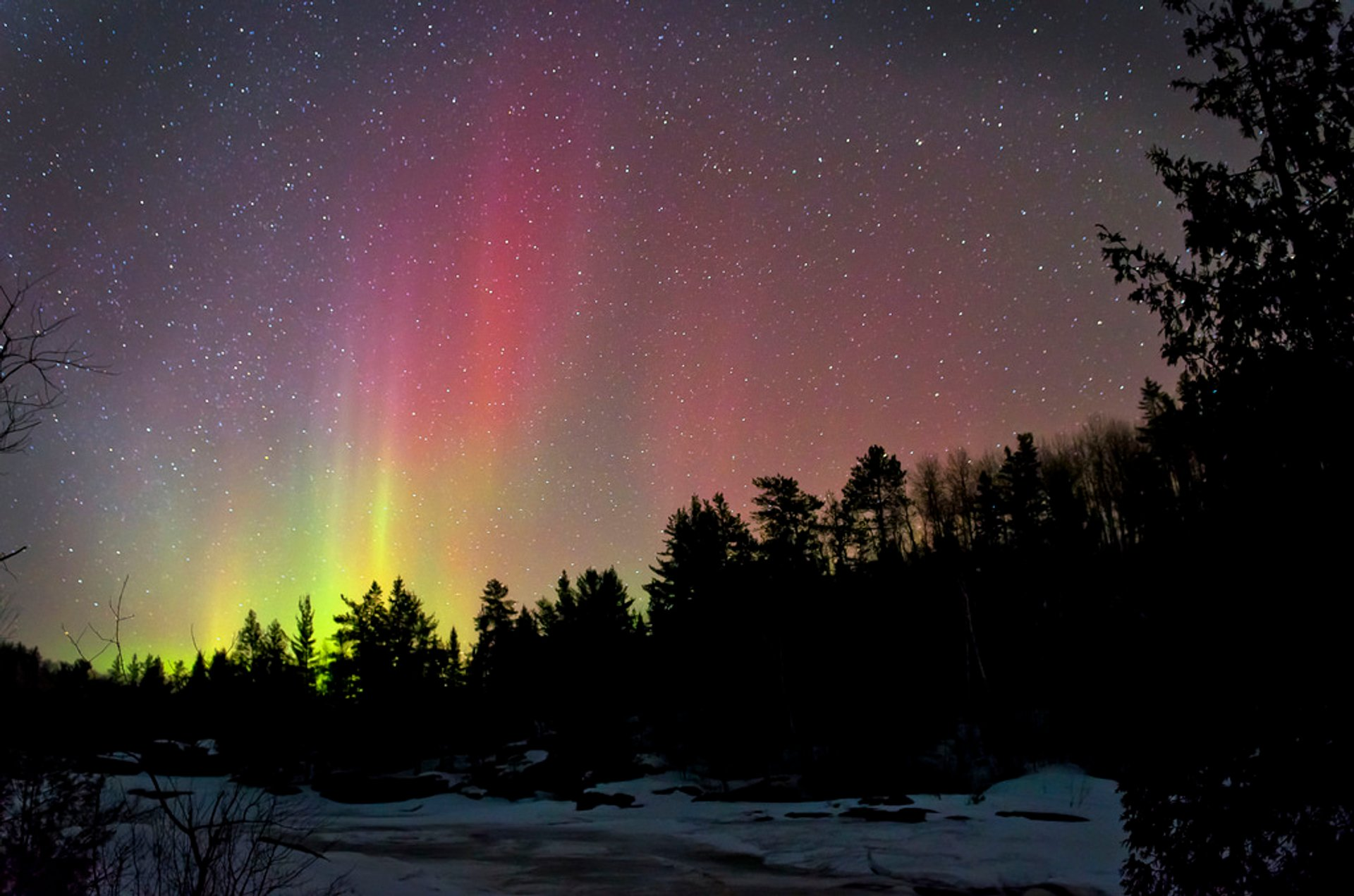 Northern Lights in Ontario 2019 - Best Time