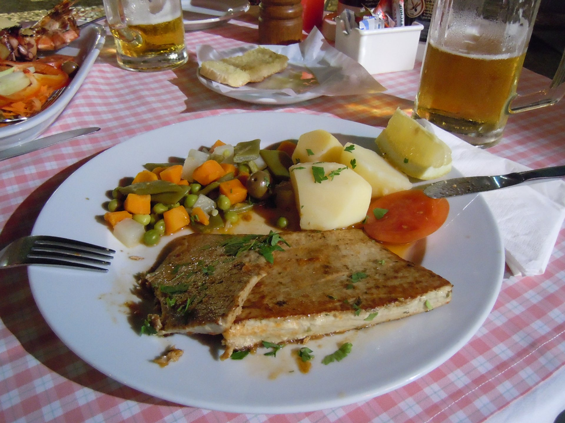 Tuna Steak in Madeira - Best Season 2020