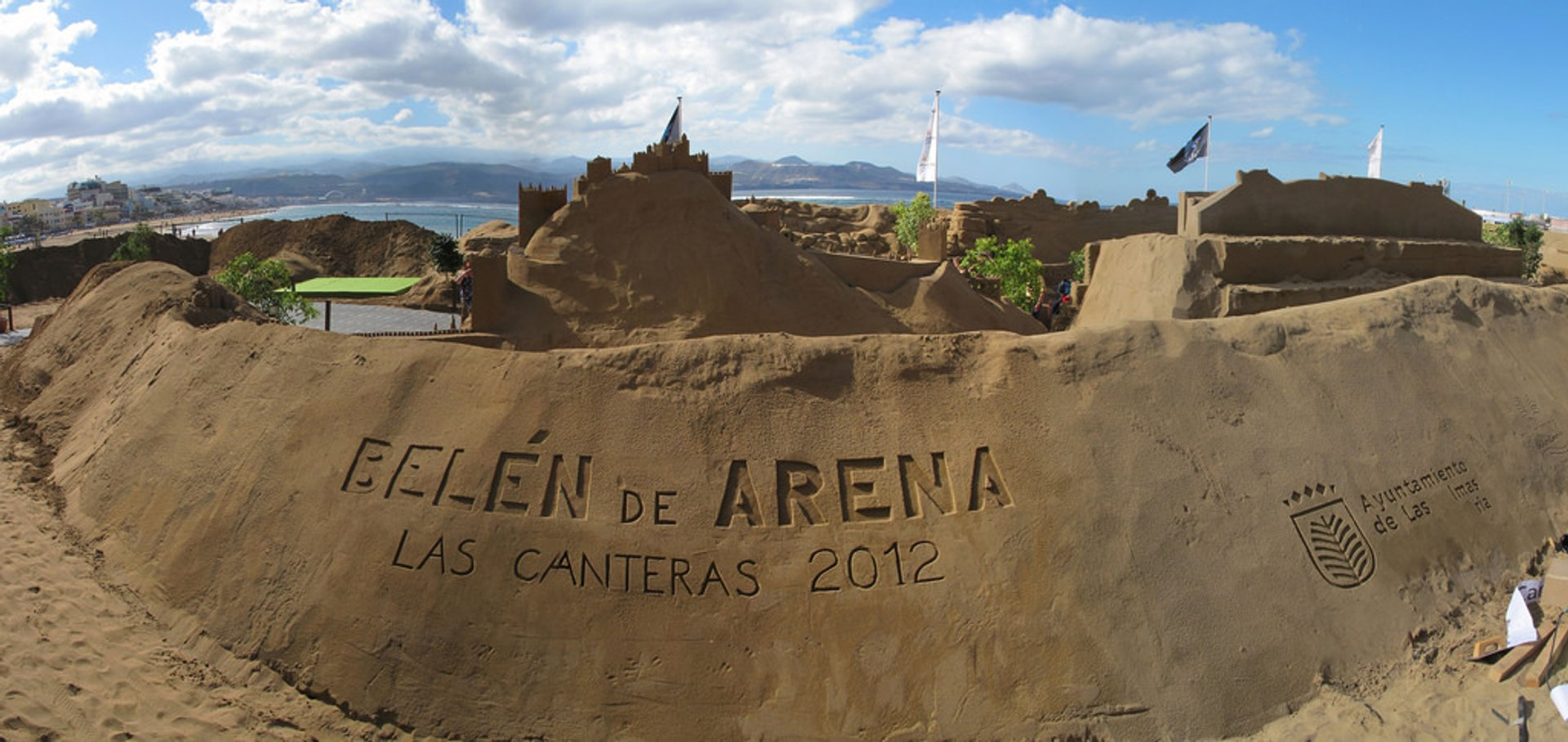 The sand nativity scenes in the Canteras Beach in Las Palmas de Gran Canaria 2020