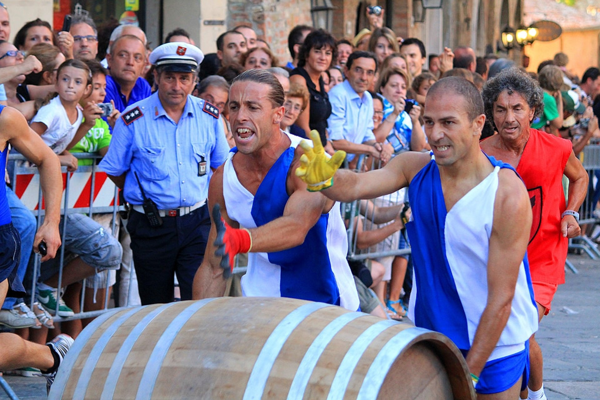 Best time for Bravio delle Botti in Tuscany 2020