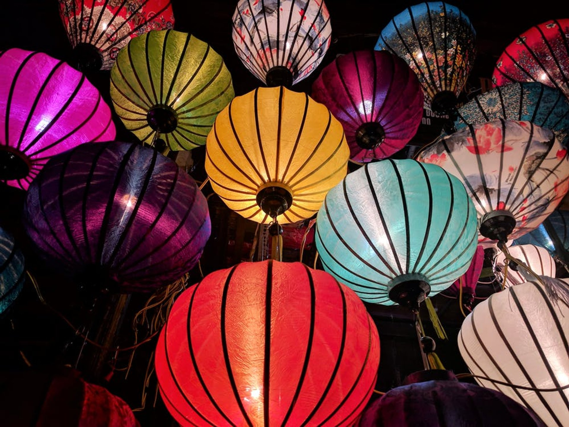 Best time for Lantern Festival in China