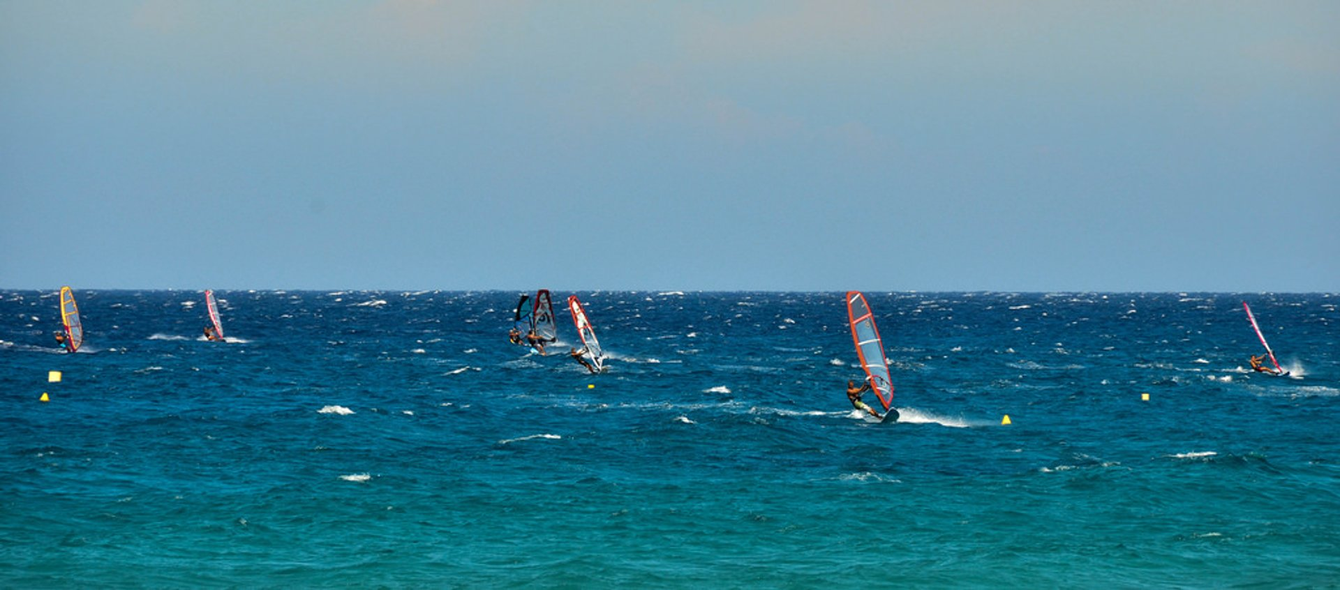 Best time to see Kite and Windsurfing in Corsica 2020