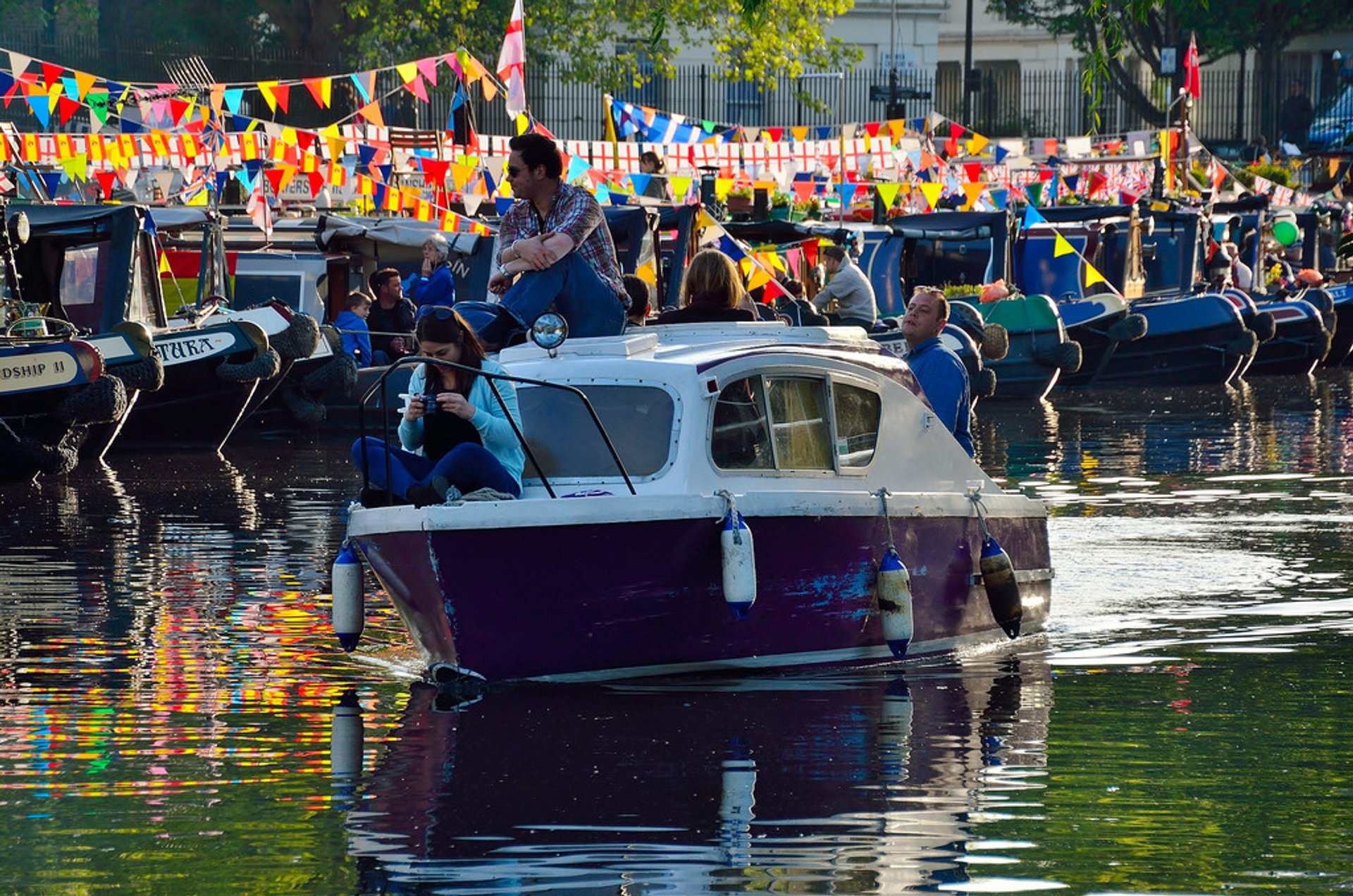 Best time for Canalway Cavalcade in London 2020