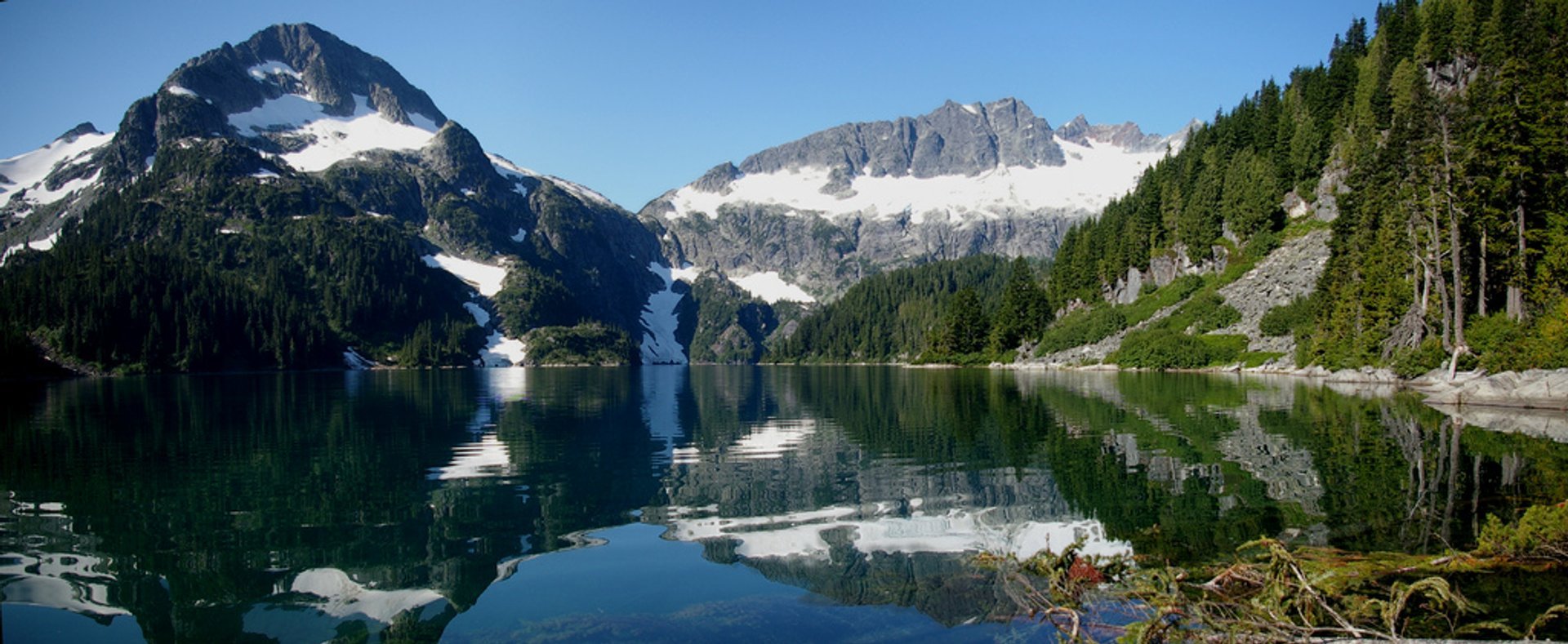 Lake Lovely Water in British Columbia 2020 - Best Time
