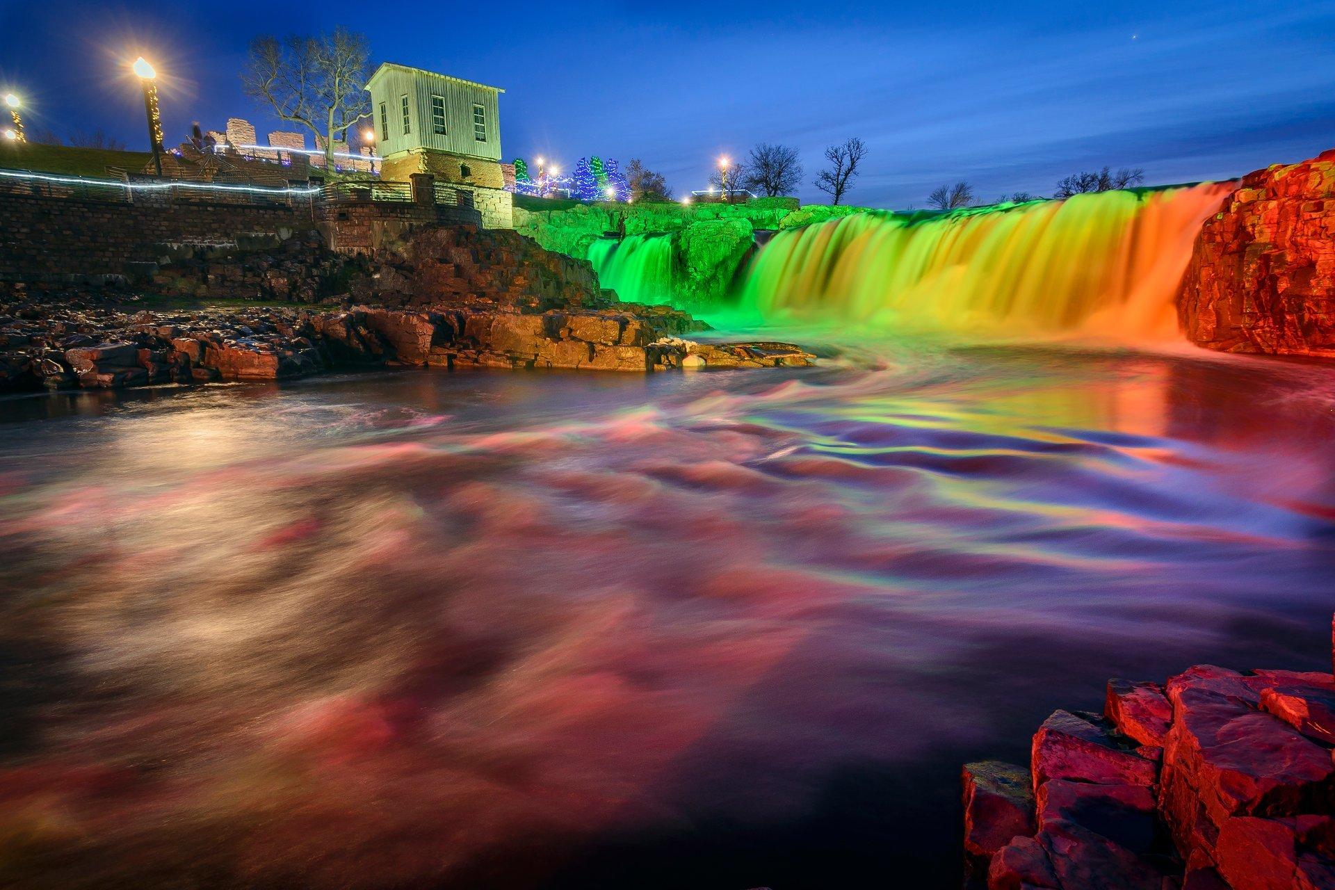 Winter Wonderland at Falls Park 2020-2021 in South Dakota - Dates & Map