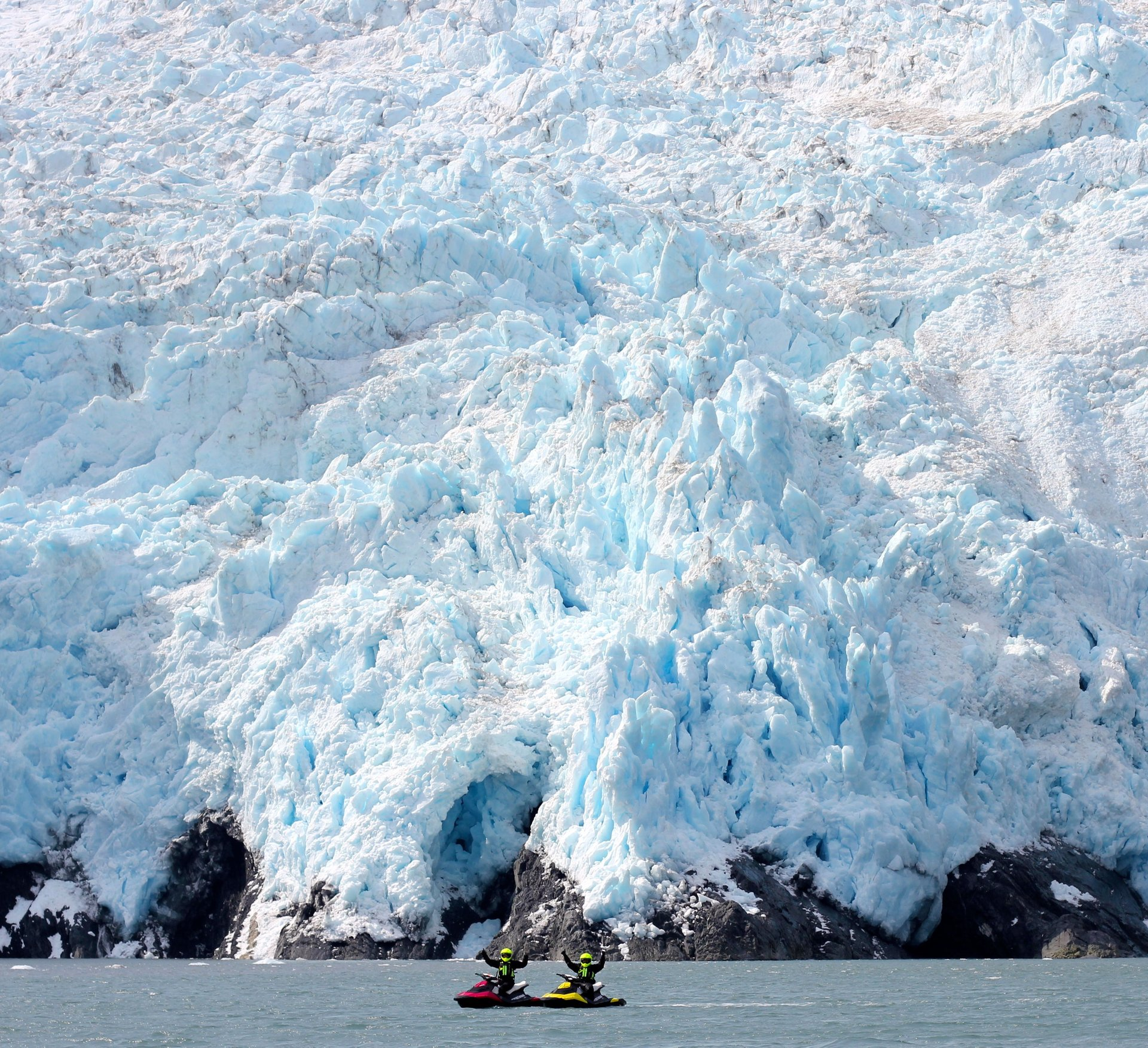 Glacier Jet Skiing in Alaska - Best Season 2020