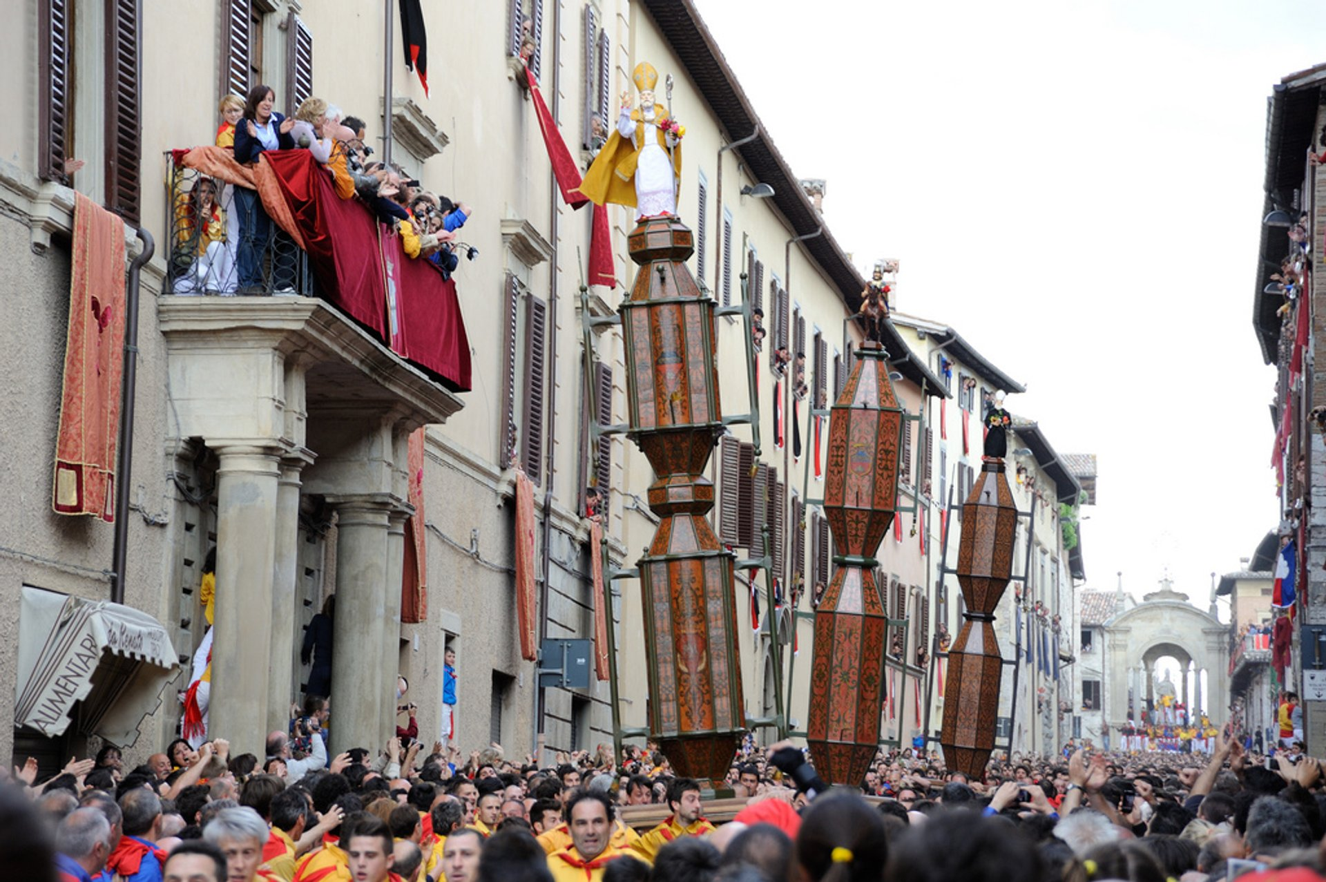 Best time for Gubbio Festa dei Ceri and Corsa dei Ceri (Race of the Candles) in Italy 2020