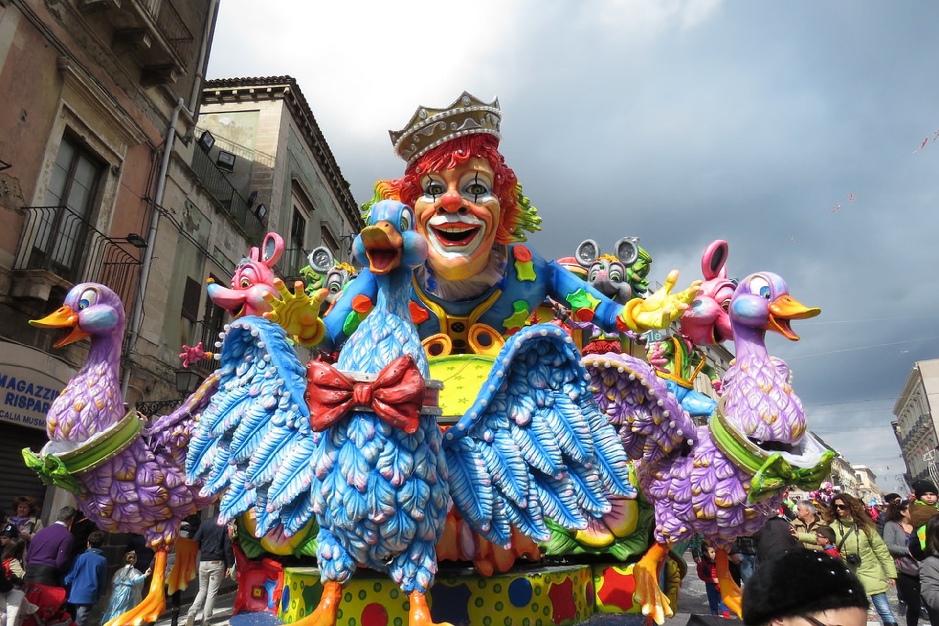 Acireale Carnival in Sicily 2020 - Best Time
