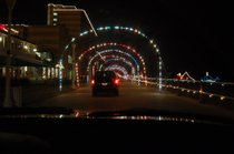 BayPort Credit Union Holiday Lights am Strand