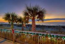 Luzes de Navidad en la playa de Myrtle