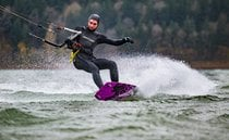 Kiteboarding & Windsurfing