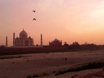 Sunrise and Sunset near Taj Mahal