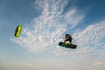 Kitesurfing and Windsurfing