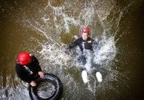 Rafting d'acqua nera