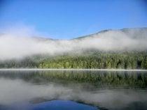 Natación en el lago Sfânta Ana