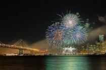 Fuegos artificiales de fin de año en SF