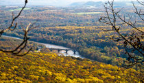 Colori autunnali a Delaware Water Gap