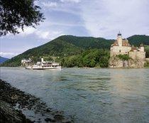 Viaggio in barca nel Danubio