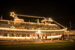 Festival de Navidad de barcos