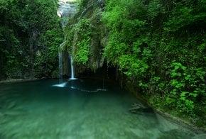 Río Buti, un agujero de natación de agua fría