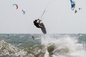 Kitesurfing and Windsurfing