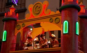 Three Kings Parade (Los Reyes Magos)