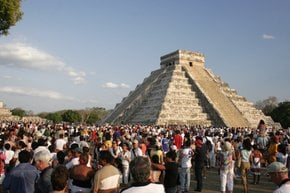 Equinox at Chichén Itzá