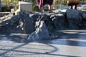 Volcans de boue de Minbu