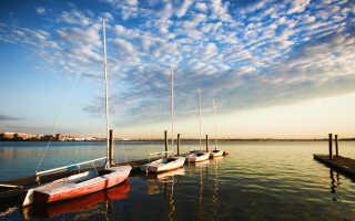 Sailing and Cruising on the Potomac