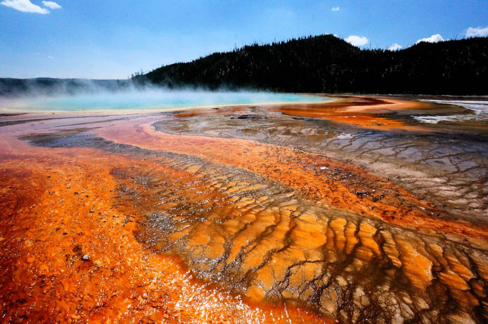 Best time for Grand Prismatic Spring in Yellowstone National Park