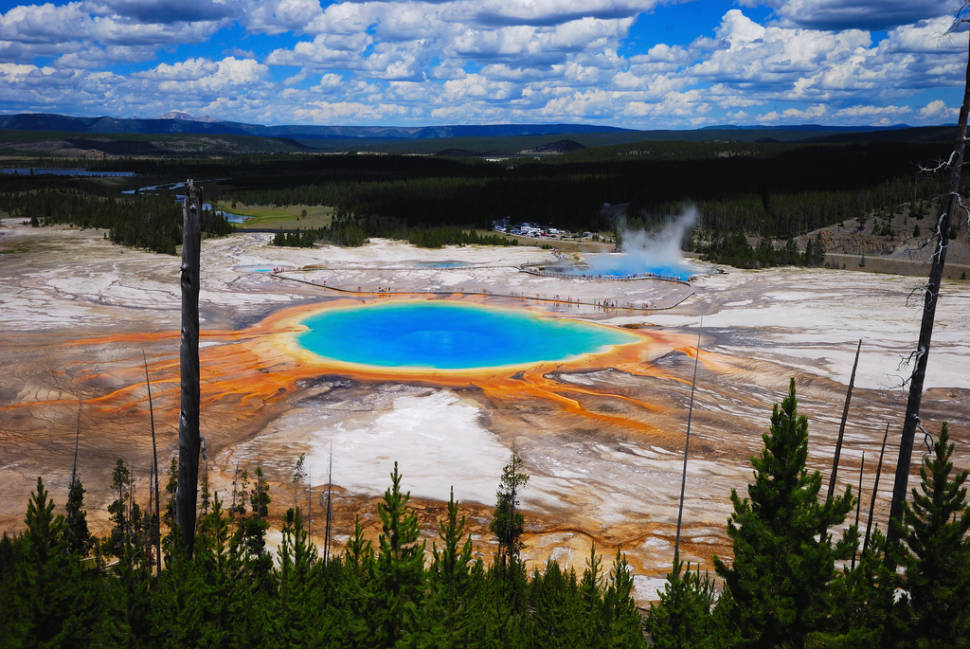 Grand Prismatic Spring in Yellowstone National Park - Best Time